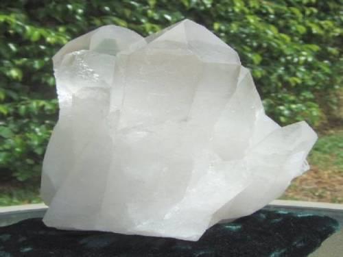 Naissance, croissance et forme des cristaux naturels