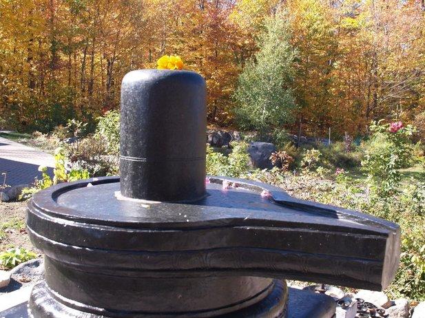 Le pouvoir des Shiva Lingams, pierres sacrées de l'Inde